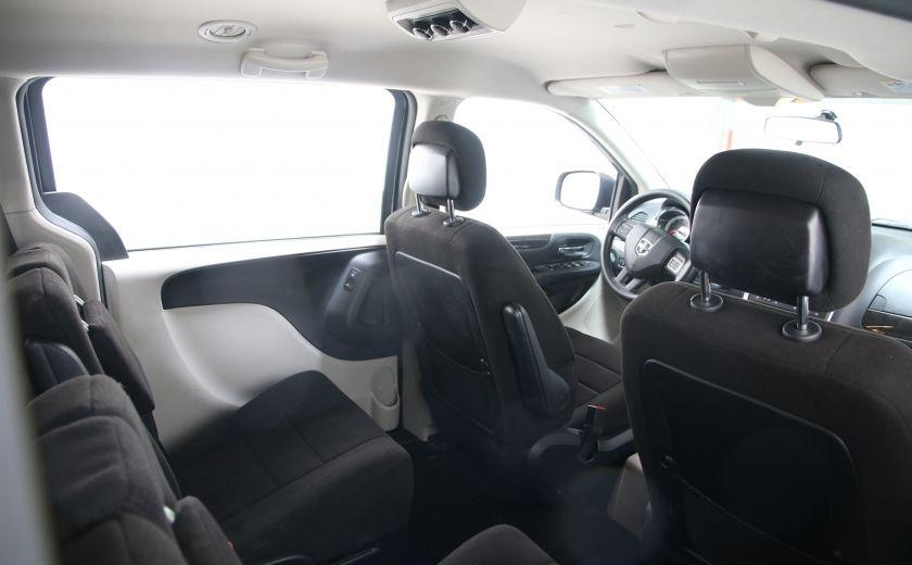 2013 Dodge GR Caravan SXT #15