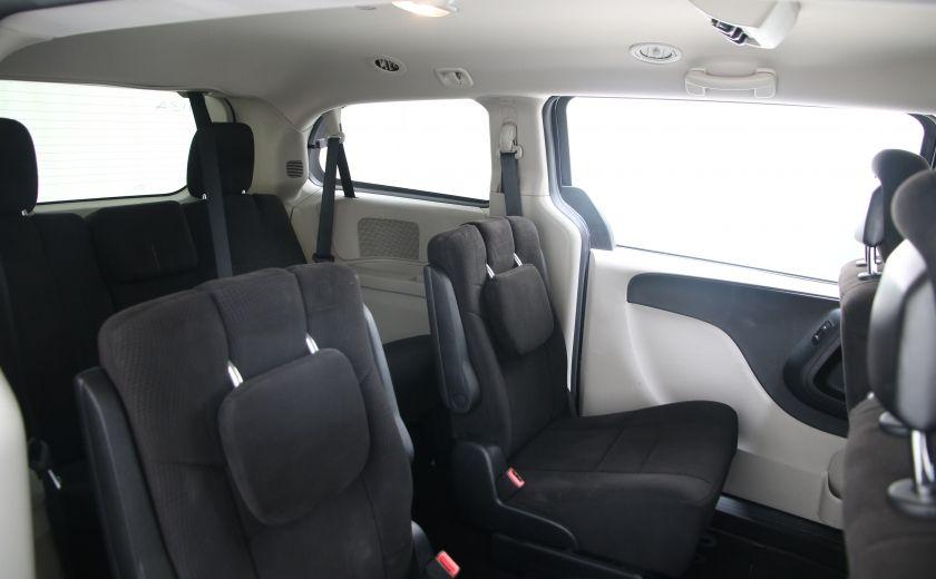 2013 Dodge GR Caravan SXT #16