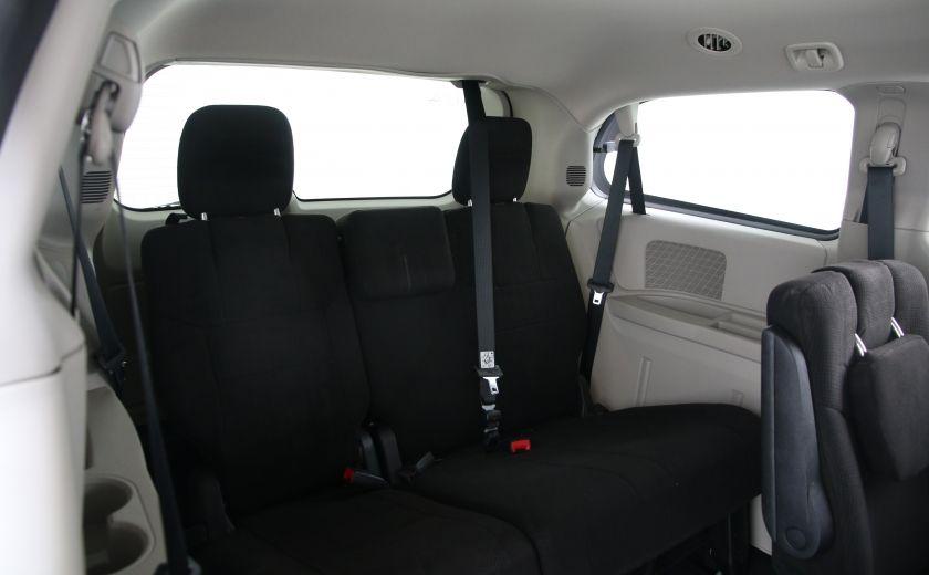 2013 Dodge GR Caravan SXT #17