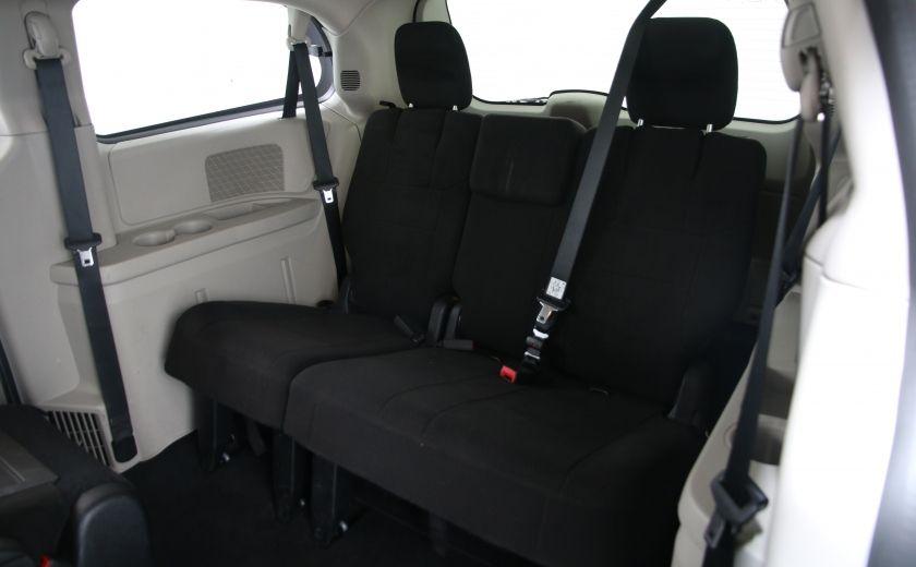 2013 Dodge GR Caravan SXT #18