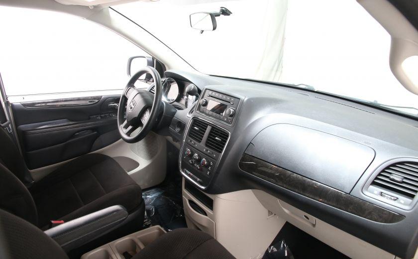 2013 Dodge GR Caravan SXT #19