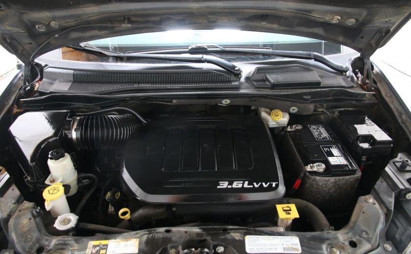 2013 Dodge GR Caravan SXT #23