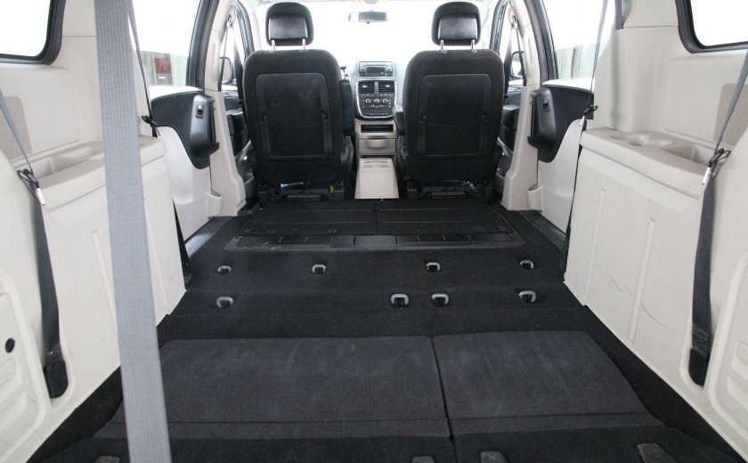 2013 Dodge GR Caravan SXT #26