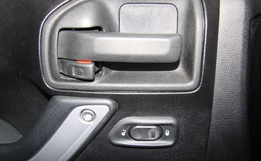 2011 Jeep Wrangler Sahara 2 TOITS #10