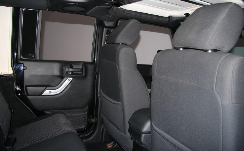 2011 Jeep Wrangler Sahara 2 TOITS #19