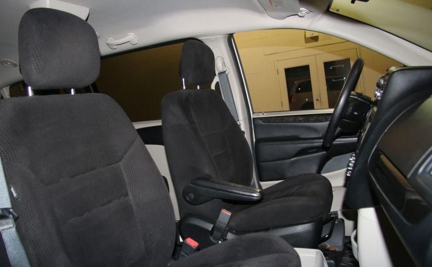 2013 Dodge GR Caravan SE STOW AND GO DOUBLE A/C MAGS #24