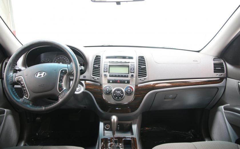 2010 Hyundai Santa Fe GL #9