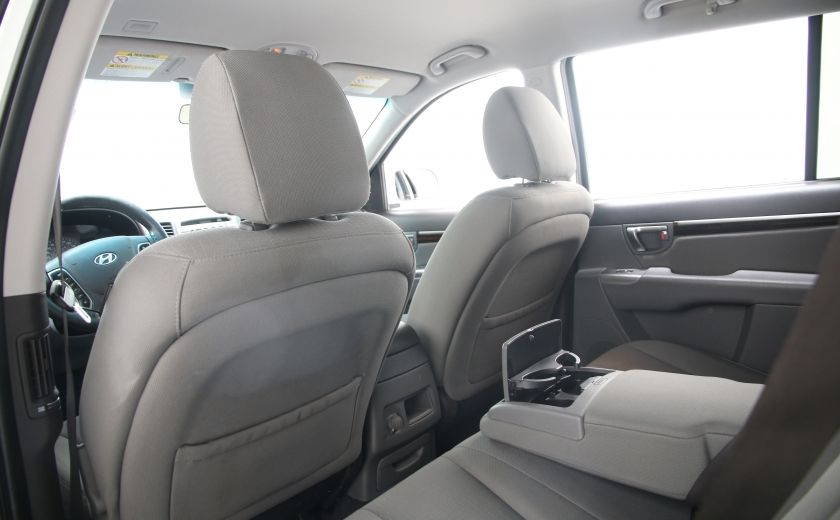 2010 Hyundai Santa Fe GL #12