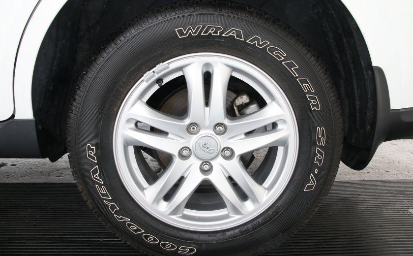 2010 Hyundai Santa Fe GL #24
