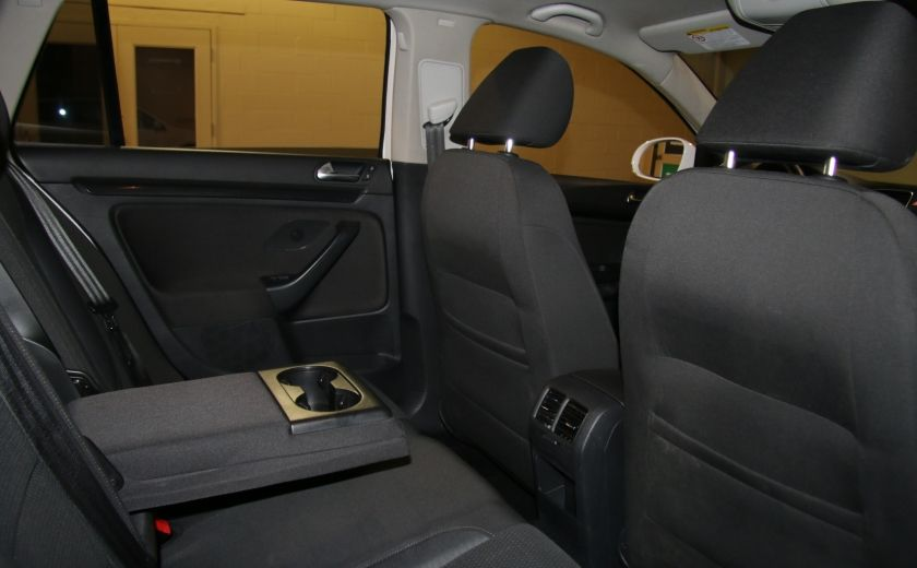 2012 Volkswagen Golf Trendline A/C MAGS #16