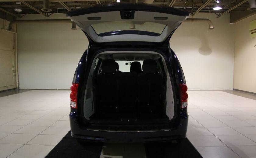 2015 Dodge GR Caravan Canada Value Package AUTO A/C GR ELECT #25