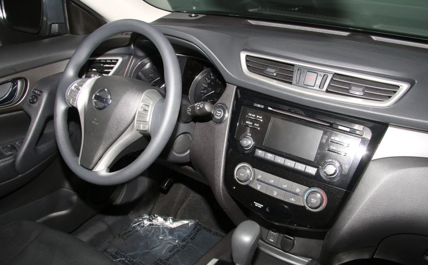 2015 Nissan Rogue SV #26