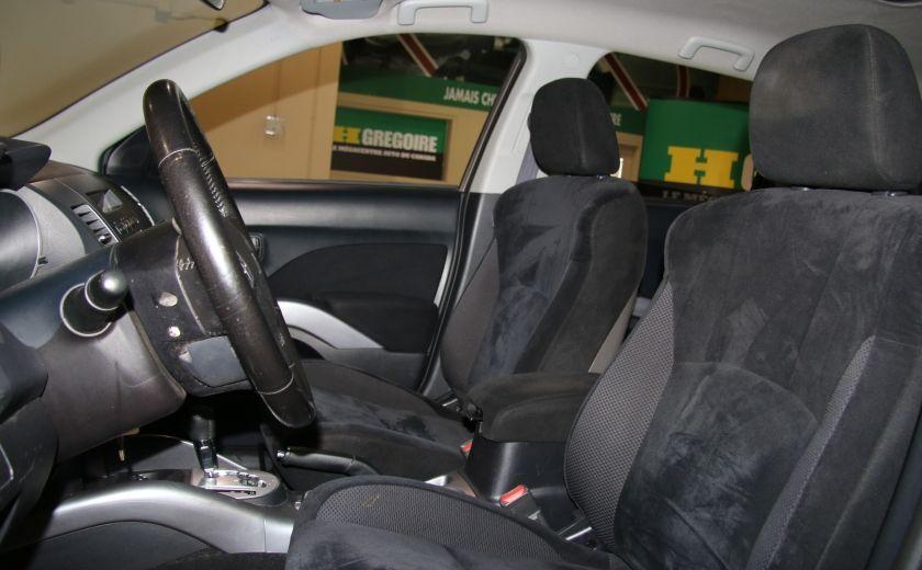 2011 Mitsubishi Outlander ES #8
