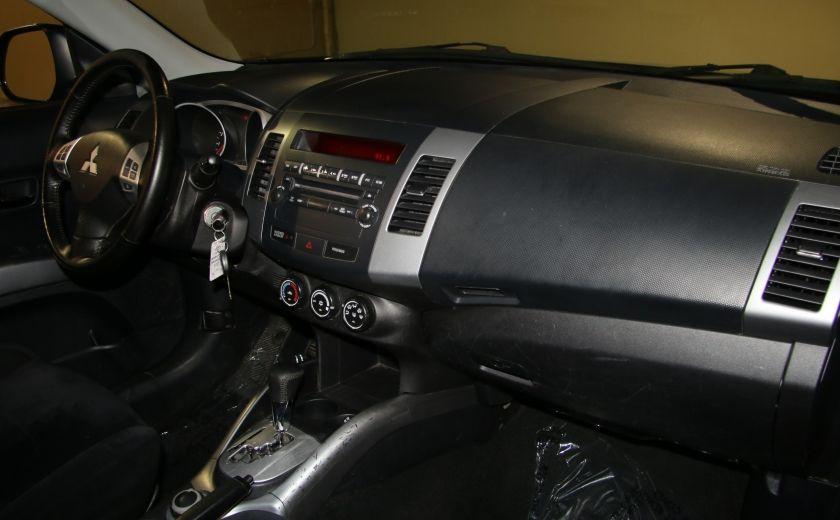 2011 Mitsubishi Outlander ES #20