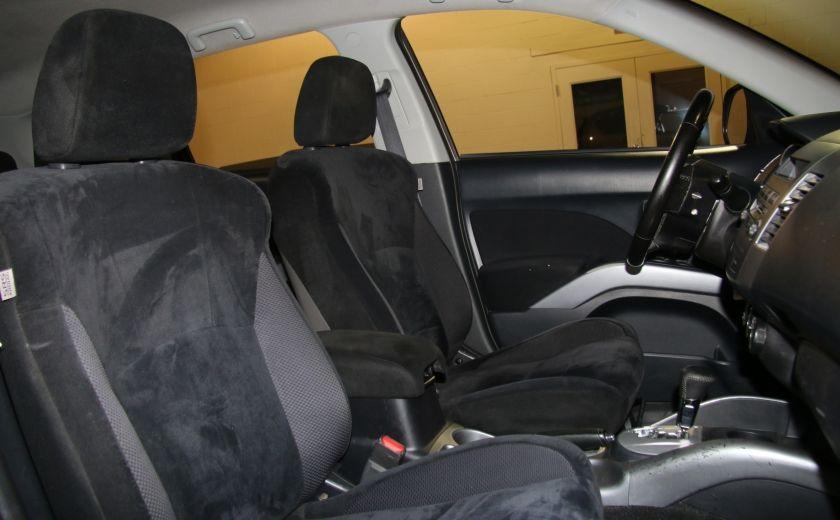 2011 Mitsubishi Outlander ES #22