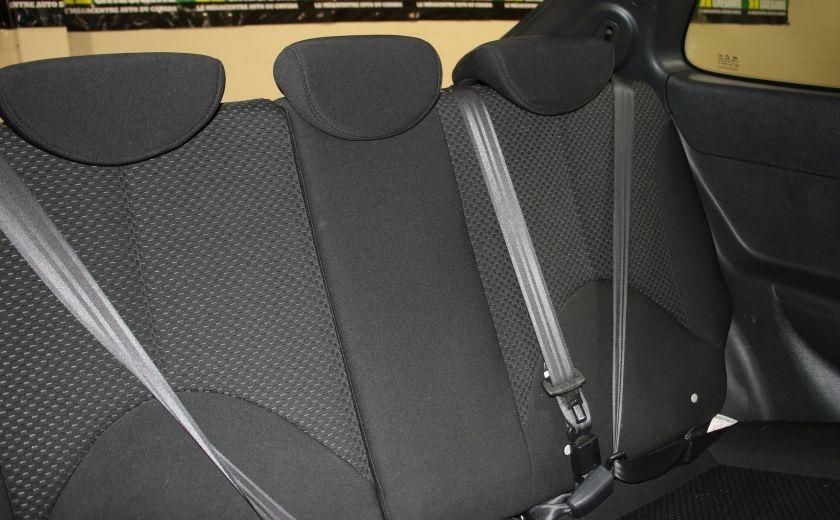 2010 Hyundai Accent L AUTO #15