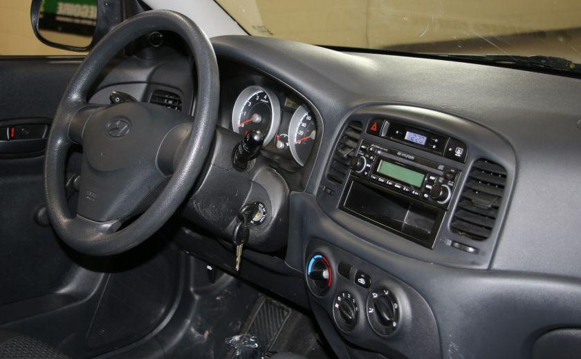 2010 Hyundai Accent L AUTO #17