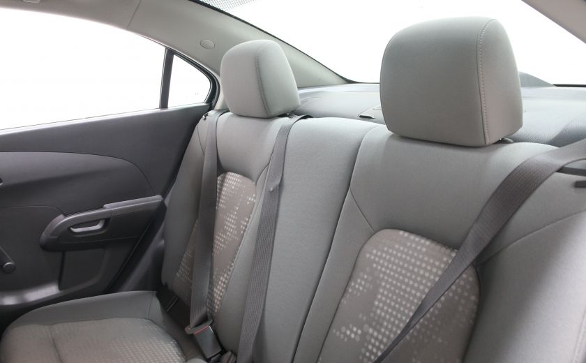 2014 Chevrolet Sonic LS A/C BAS KILOS BLUETOOTH #12