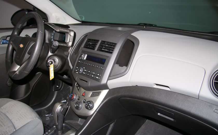 2012 Chevrolet Sonic LS  AUTO A/C MAGS #19