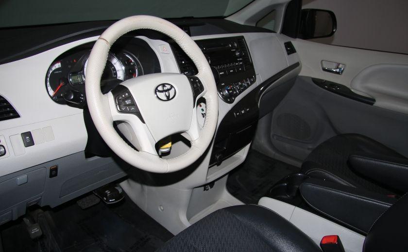 2011 Toyota Sienna SE AUTO A/C MAGS BLUETHOOT CUIR TOIT #8