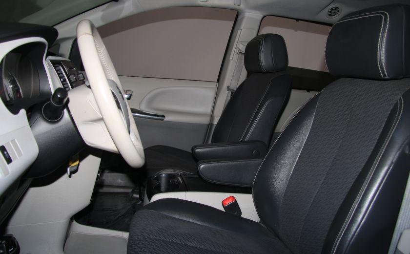 2011 Toyota Sienna SE AUTO A/C MAGS BLUETHOOT CUIR TOIT #9