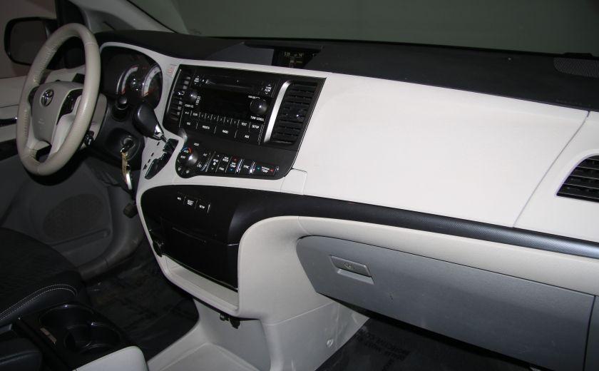 2011 Toyota Sienna SE AUTO A/C MAGS BLUETHOOT CUIR TOIT #24