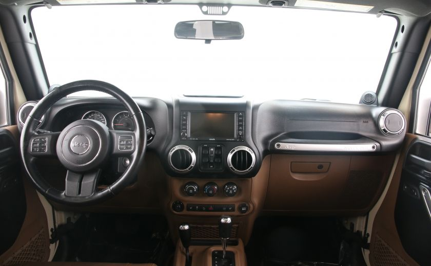 2011 Jeep Wrangler Sahara #9