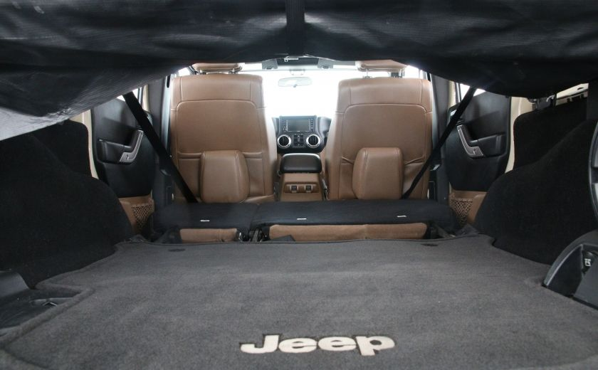 2011 Jeep Wrangler Sahara #24