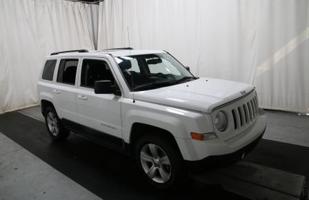 2014 Jeep Patriot NORTH EDITION 4WD AUTO A/C GR ELECT TOIT MAGS à Abitibi