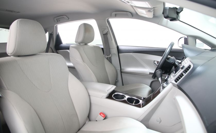 2011 Toyota Venza 4dr Wgn AWD #19