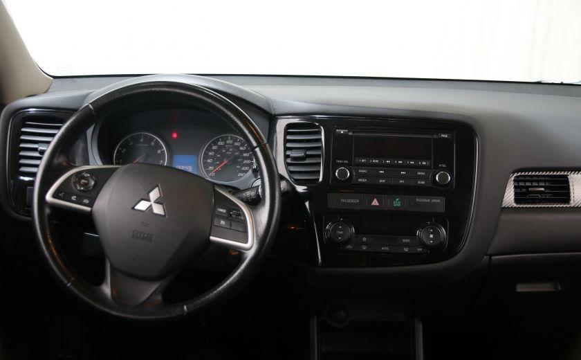 2014 Mitsubishi Outlander ES #9