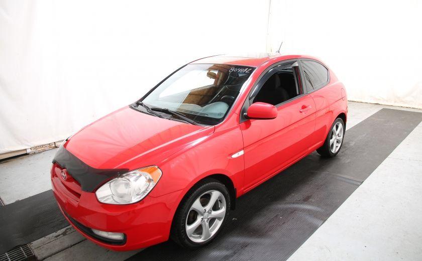 2010 Hyundai Accent GL #2