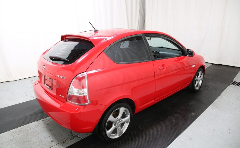 2010 Hyundai Accent GL #5