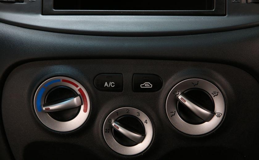 2010 Hyundai Accent GL #13