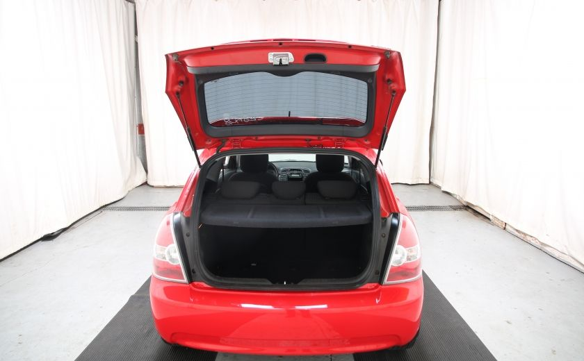 2010 Hyundai Accent GL #23