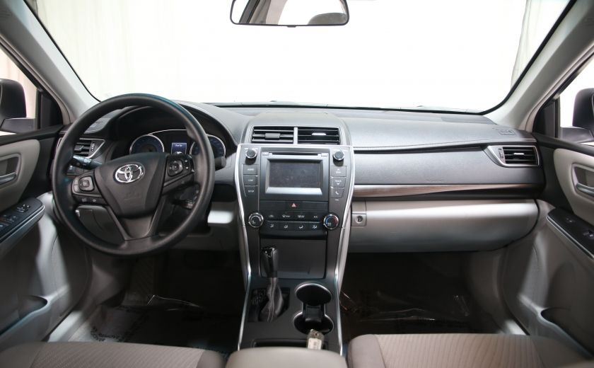 2016 Toyota Camry LE #9