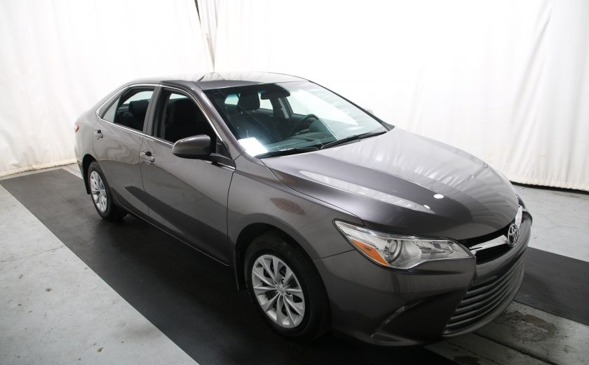 2016 Toyota Camry LE #0