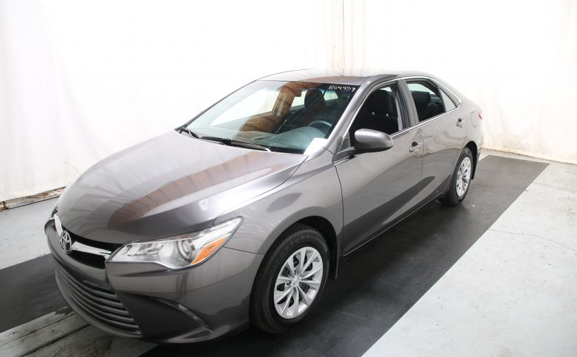 2016 Toyota Camry LE #2