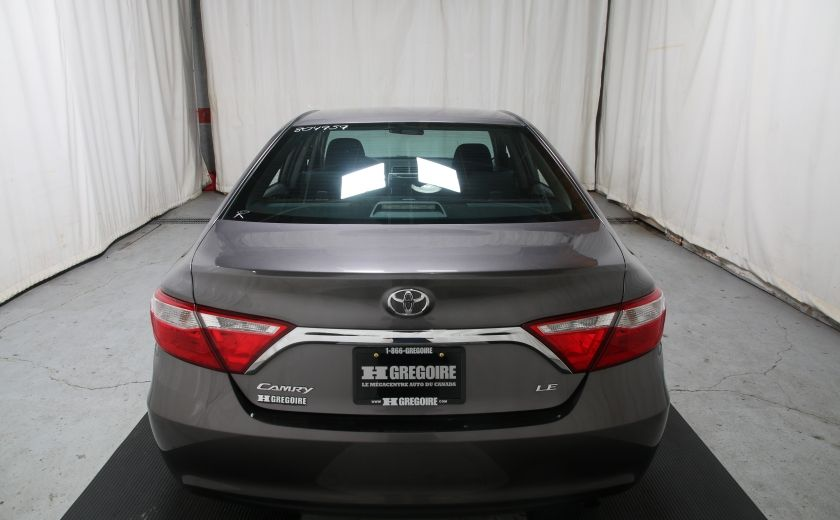 2016 Toyota Camry LE #4