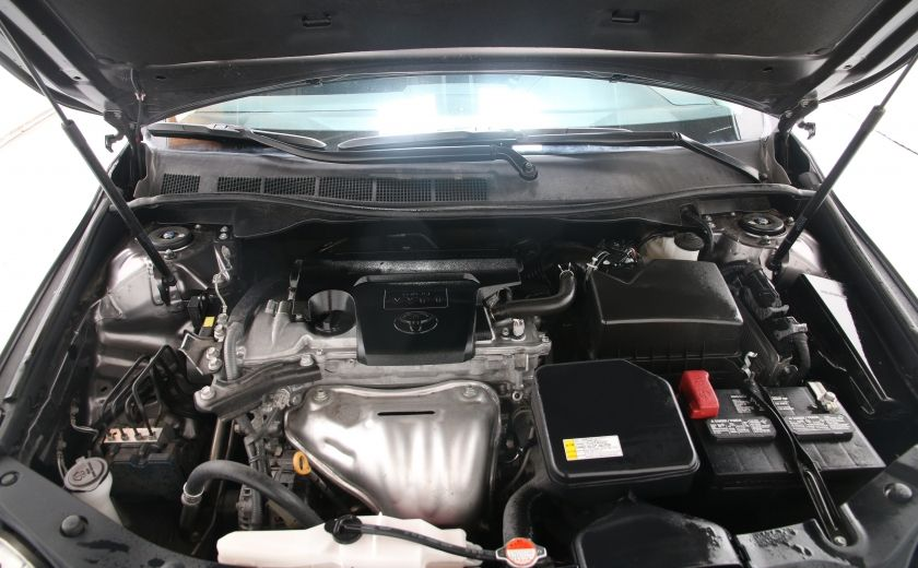 2016 Toyota Camry LE #20
