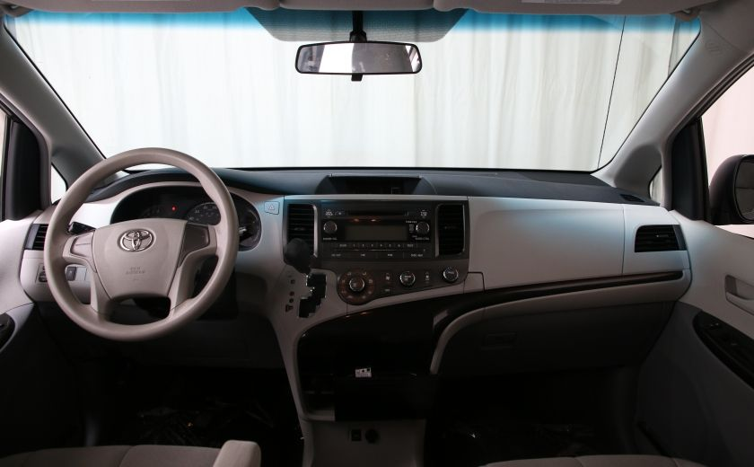 2013 Toyota Sienna AUTO A/C GR ELECT MAGS 7PASSAGERS #9