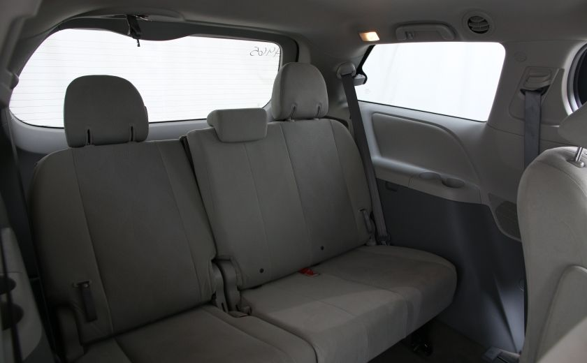 2013 Toyota Sienna AUTO A/C GR ELECT MAGS 7PASSAGERS #17