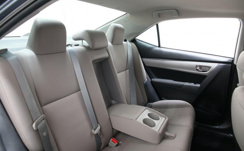 2015 Toyota Corolla LE #17
