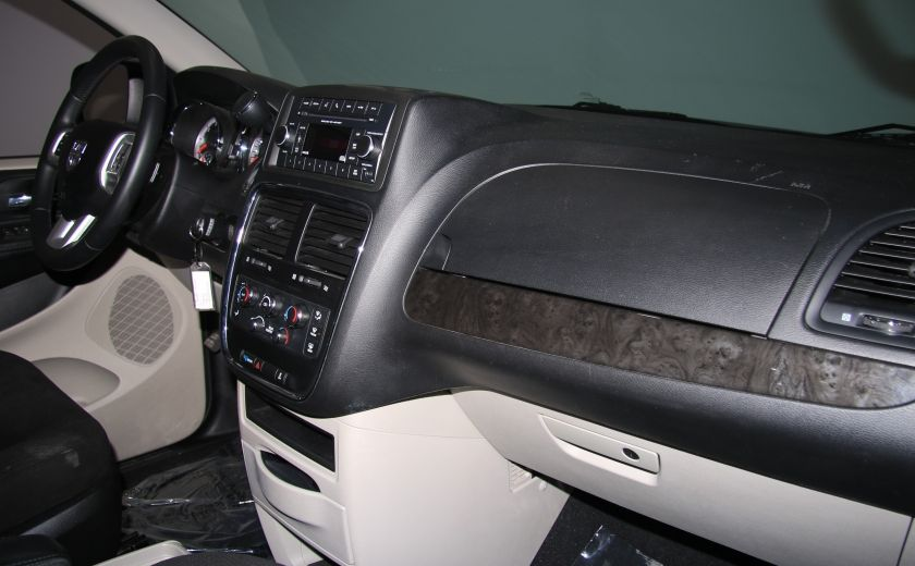 2015 Dodge GR Caravan SXT STOW'N GO AUTO A/C GR ELECT #25