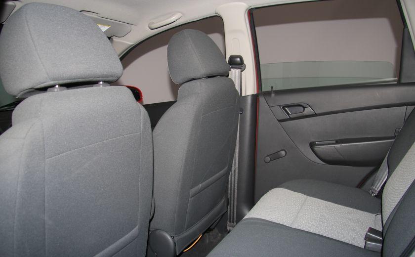 2011 Chevrolet Aveo LT #17