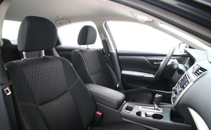 2016 Nissan Altima 2.5 SV #20