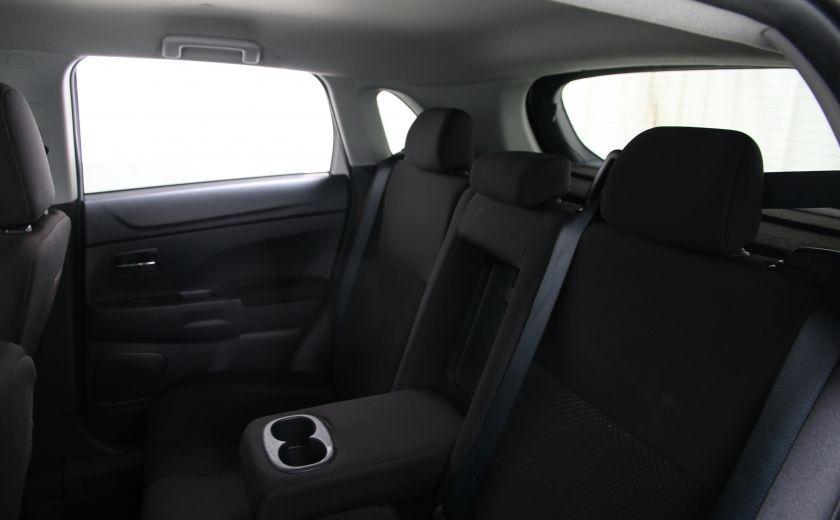 2013 Mitsubishi RVR SE #14