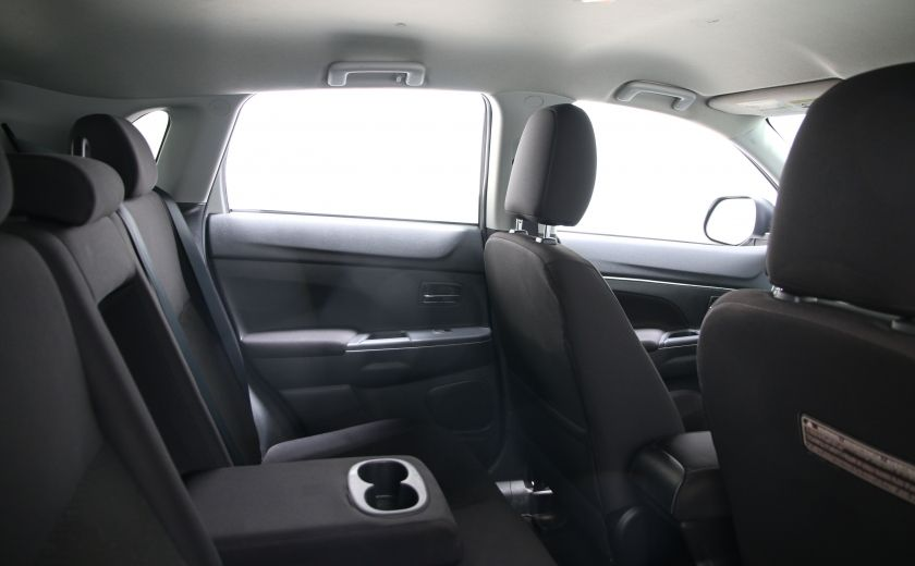 2013 Mitsubishi RVR SE #15