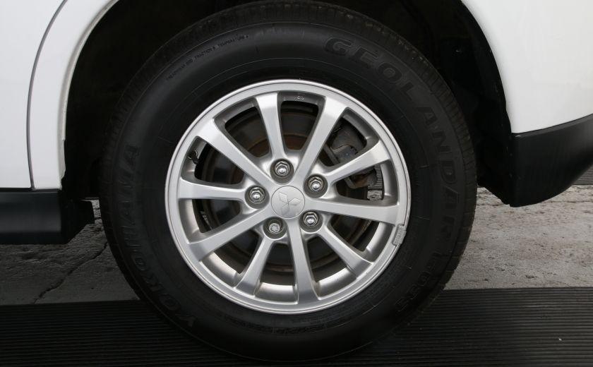 2013 Mitsubishi RVR SE #25