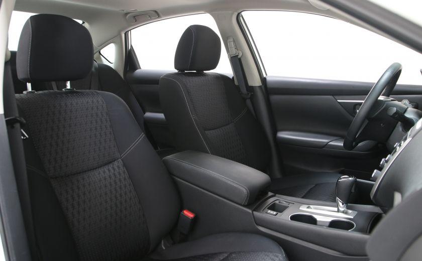 2016 Nissan Altima 2.5 SV #21